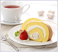 紅茶にぴったり ふわふわマシュマロロールケーキ